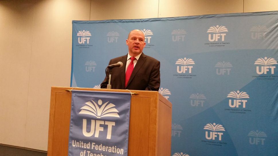 UFT Pushes Tax Plan to Slash Class Size in New York City