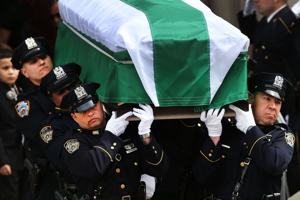Cop Union to de Blasio: Stay Away From Police Funerals