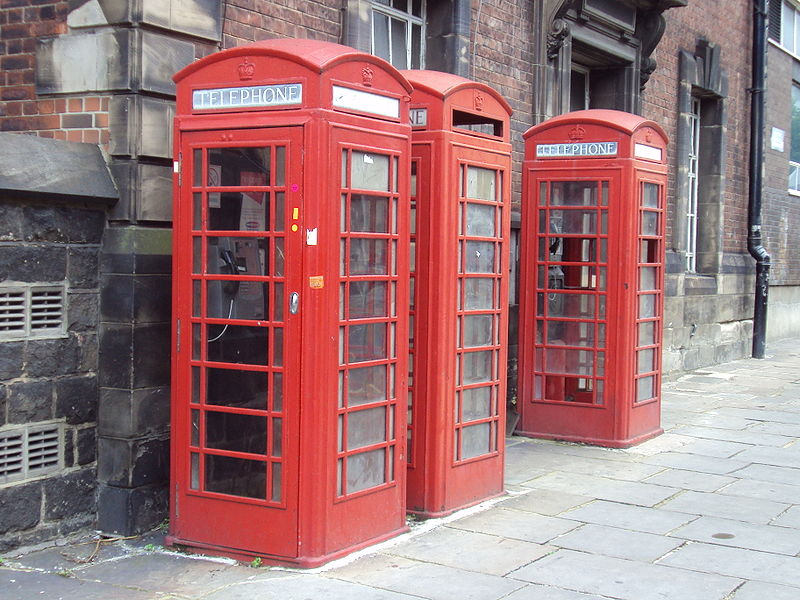 Bring Back Phone Booths and Other Ways to Battle Rude Cell Phone Yappers