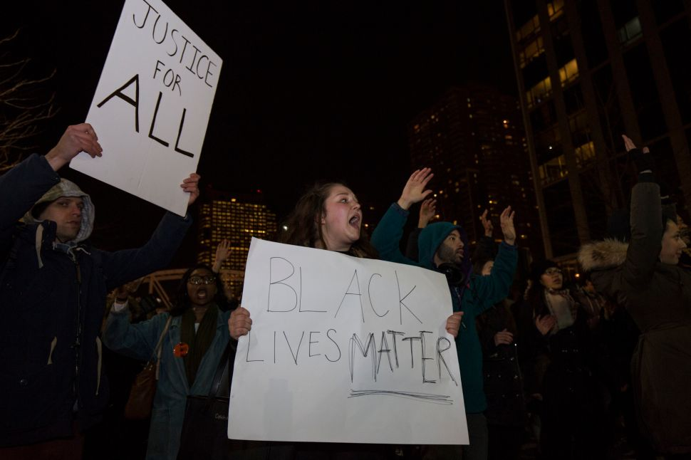 Two-Thirds of New Yorkers Think Cop Should Have Been Indicted in Eric Garner Death