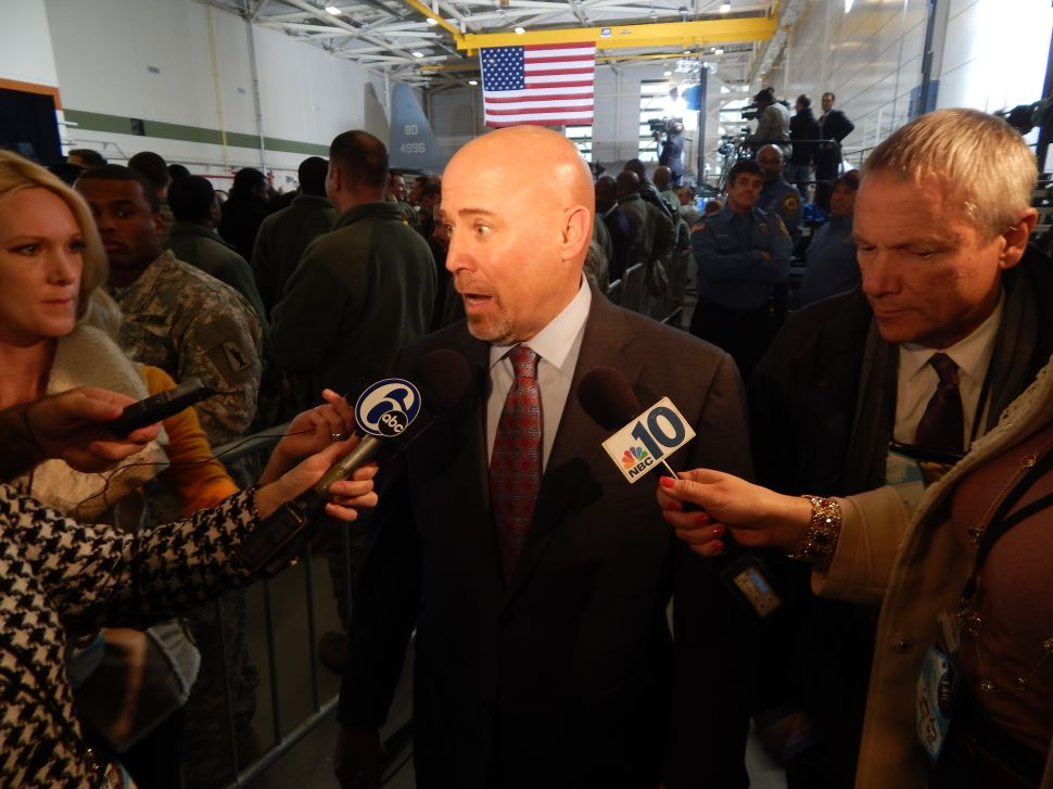 MacArthur 'glad' to have Obama in CD3