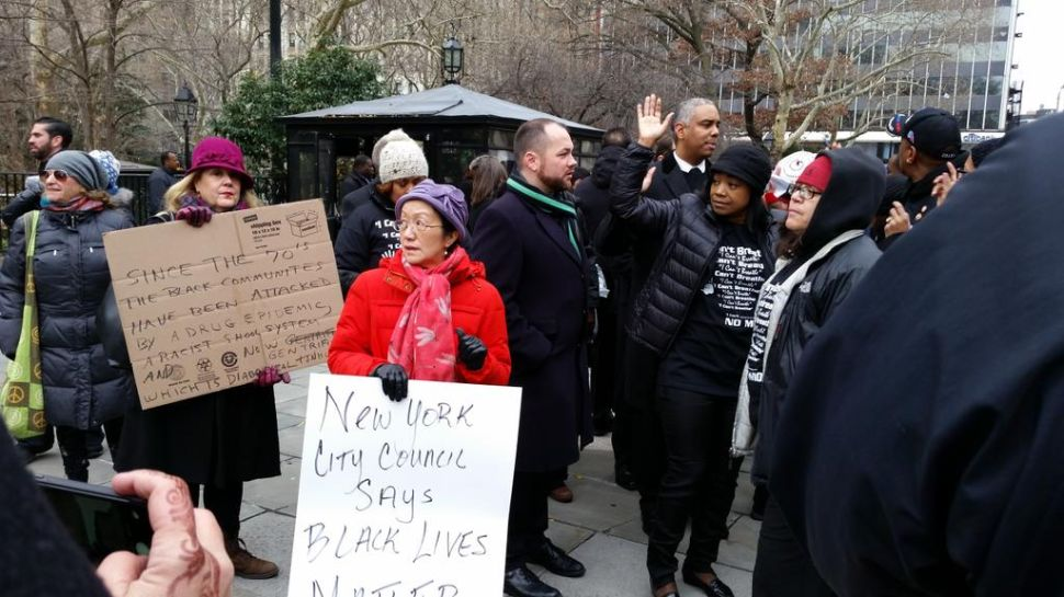 City Council Members Block Traffic to Protest Eric Garner Decision