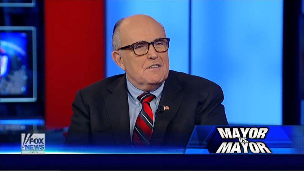 Giuliani to de Blasio: Put Cops Back in Mosques After Charlie Hebdo Massacre