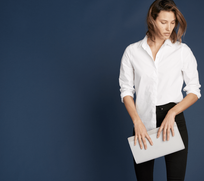 Everlane Will Deliver Last-Minute Gifts to Your NYC Office in One Hour