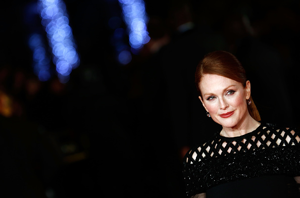 Julianne Moore's Long Red Carpet to the Oscars