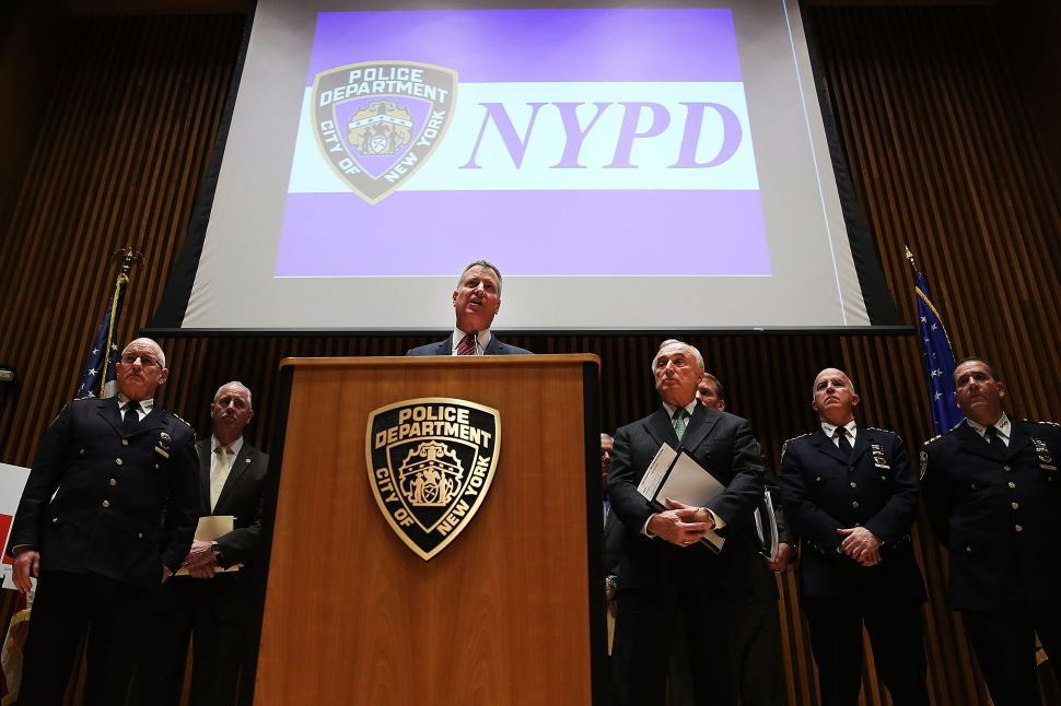 Bill de Blasio Won't Apologize to Angry Police Leaders