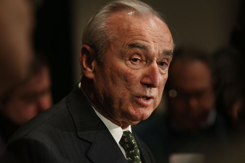 Bratton Says NYPD Oversight 'Sufficient' Without Cuomo's Grand Jury Monitor