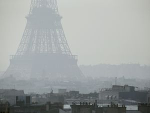 A gloomy day in Paris. (Getty Images)