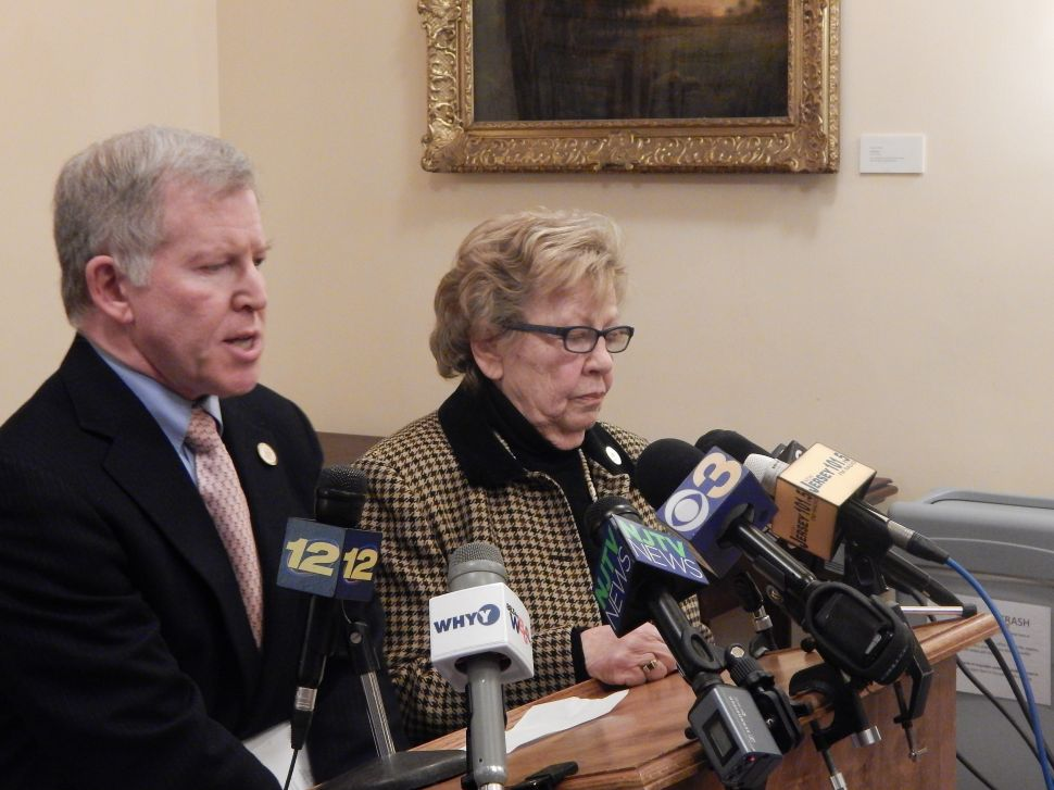 Weinberg shreds Christie-Jones bromance: 'Tone deaf to the regular Jersey guy'