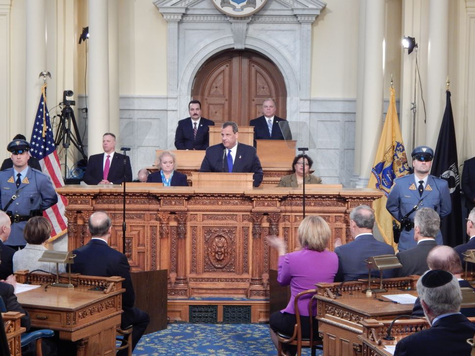 Christie makes national play in State of the State speech
