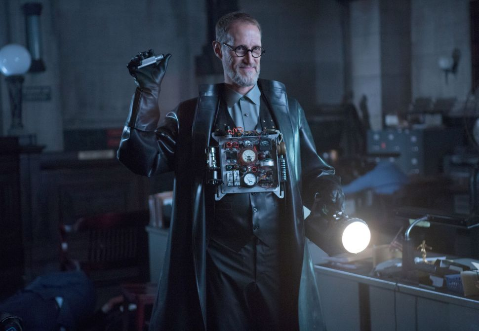 'Gotham' Reference Guide 1×12: What the Little Bird Told Him