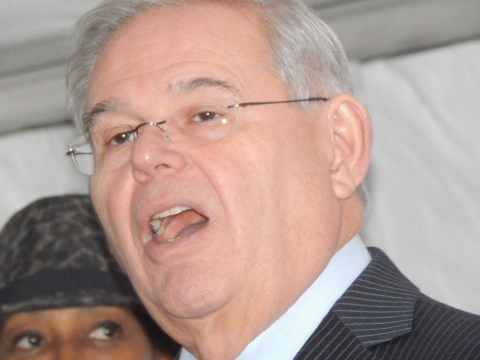 Menendez: silence by the press on Cuba equals hypocrisy