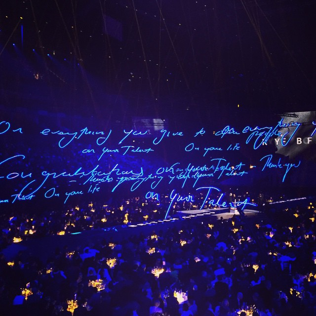 Art World Abstracts: Tracey Emin Lights Up the 2015 Brit Awards, and More!