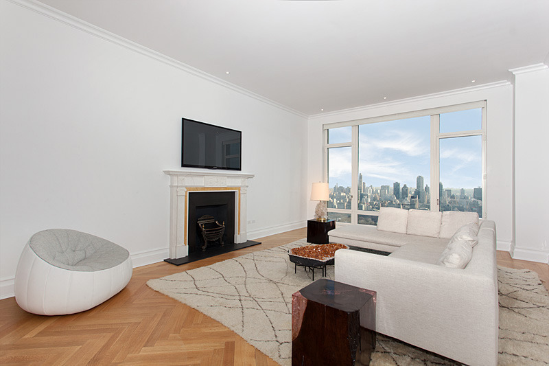 From One Michael to Another: Financial Titans Trade 15 CPW Pad for $25.92 M.