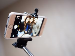 The selfie stick might be all the craze, but it won't be allowed in museums. (R4vi/Flickr Creative Commons)