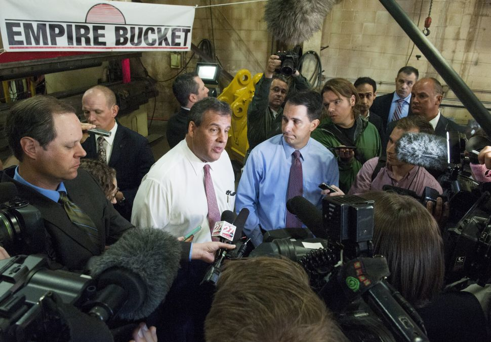 Chris Christie Finds Himself Squeezed Not Just by Bush but by Walker