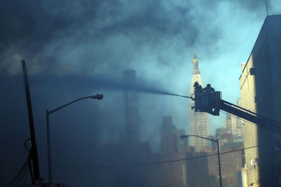 Bill de Blasio Surveys Damage From Massive Williamsburg Fire