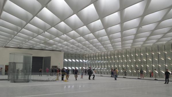 Art World Abstracts: A First Glimpse Inside the Broad Museum, and More!