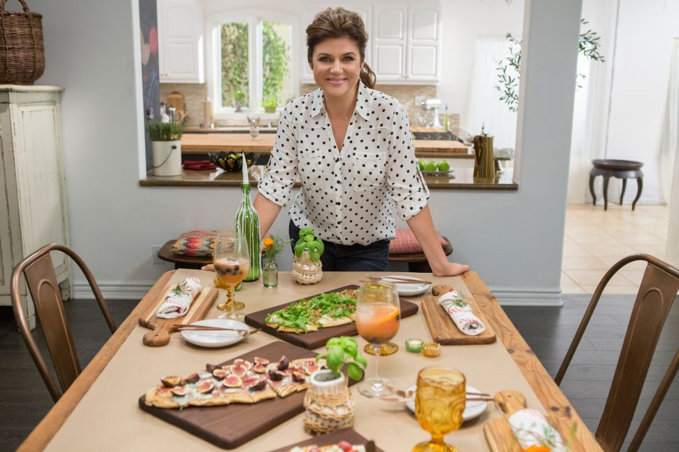 Saved by the Dinner Bell: Tiffani Thiessen Hosts New Cooking Channel Show
