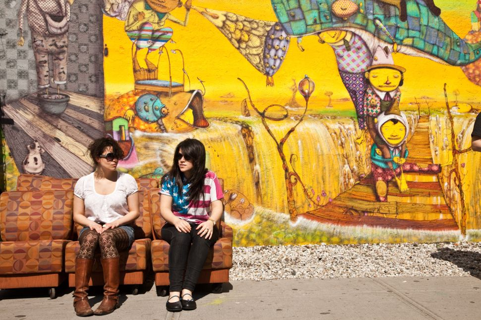 'Broad City,' Basking in NYC's Sour Limelight