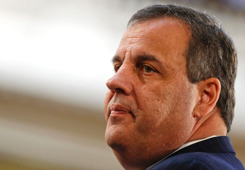 While Christie Dithers