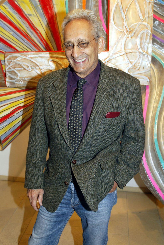 Frank Stella, at 79, the Next Hot Thing