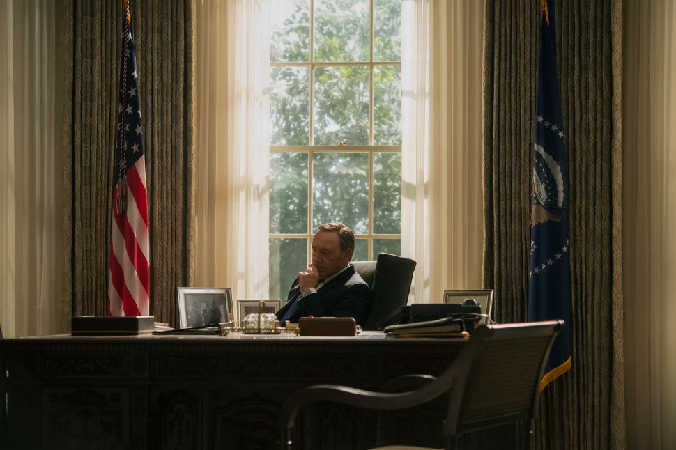 'House of Cards' Season 3 Premieres; Reveals 'Ins & Outs' of Underwood's America