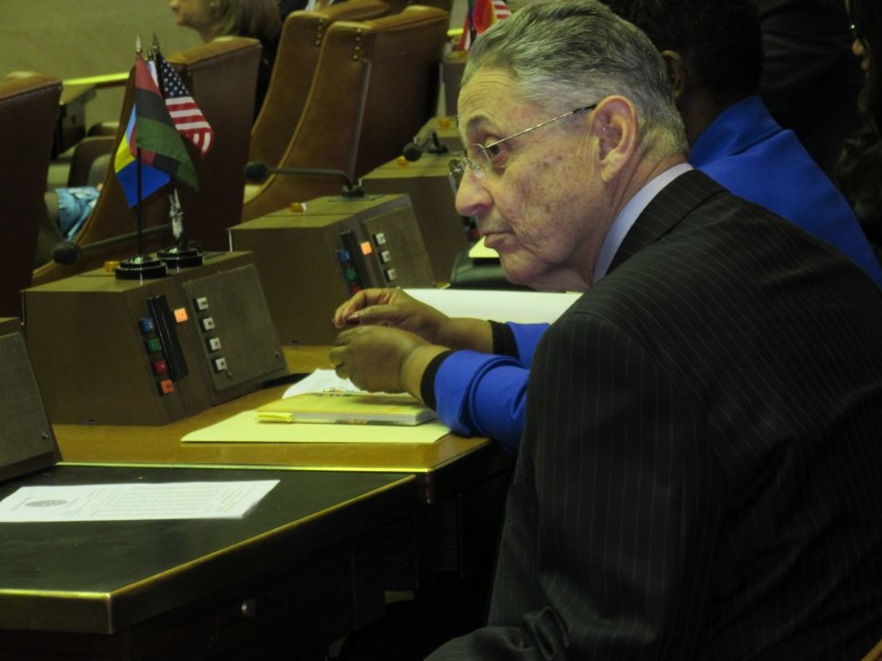 Sheldon Silver Slips Out After Voting for Carl Heastie for Speaker