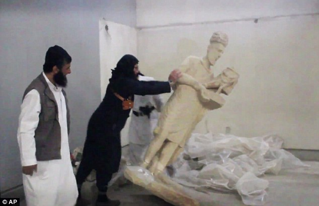 ISIS Smashes Ancient Sculptures in Iraq; Met Museum Response
