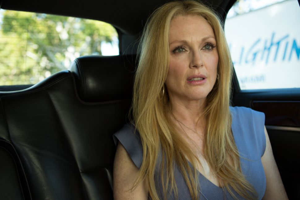 Fresh From Her Oscar Win, Julianne Moore Strikes Out in 'Maps to the Stars'