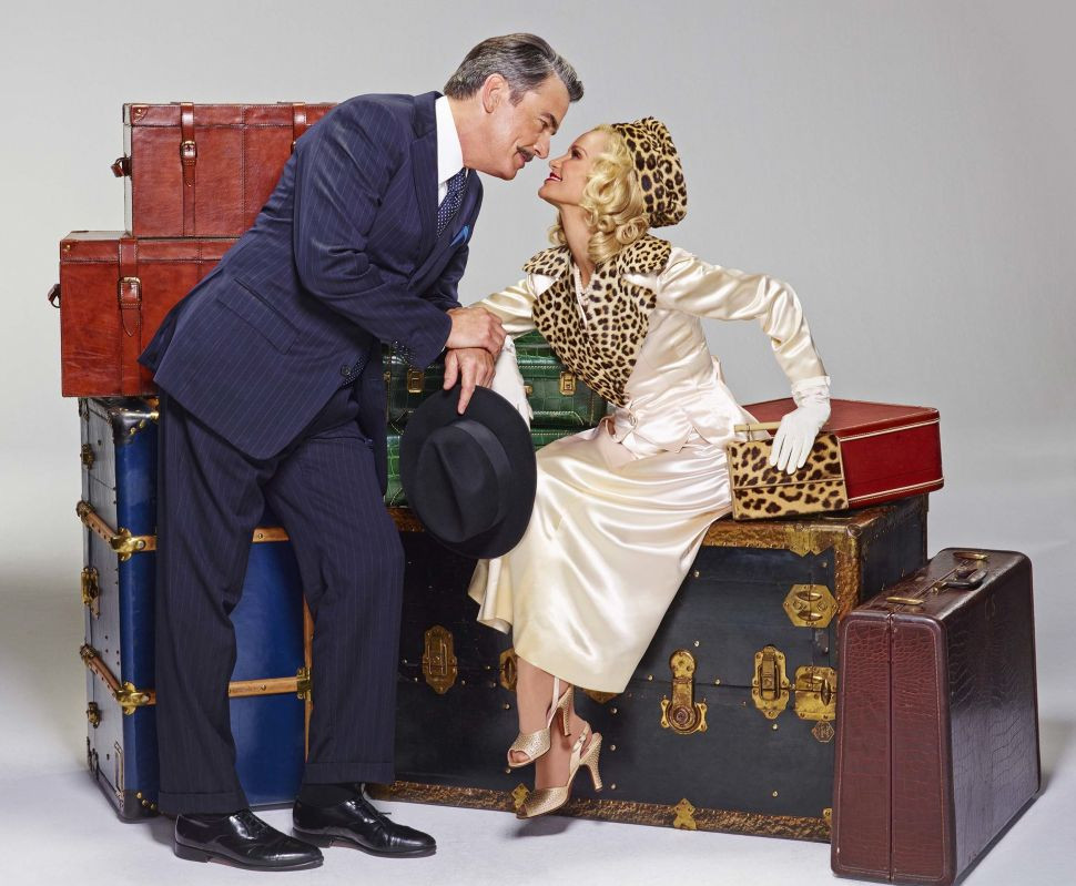 Peter Gallagher and Kristin Chenoweth Board Broadway's 'On The Twentieth Century'
