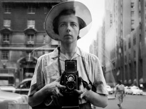 Vivian Maier carried her Rolleiscope looped around her neck. (©Vivian Maier/Maloof Collection, Courtesy Howard Greenberg Gallery, New York)