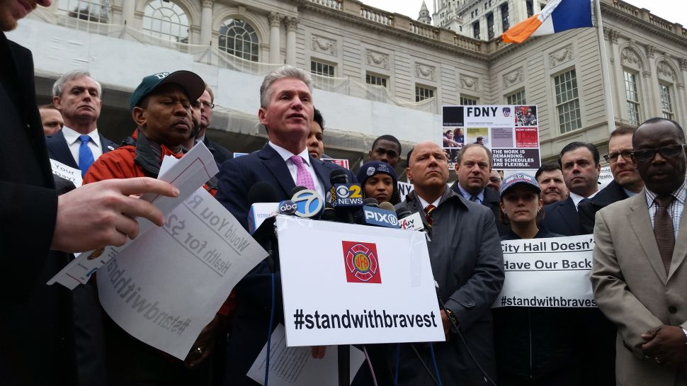 Bill de Blasio Ducks Angry Firefighters at City Hall