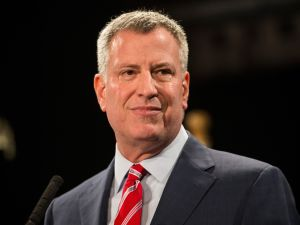 Mayor Bill de Blasio's Twitter chat on Monday was a mix of serious questions and fluff about funnel cake. (Getty)