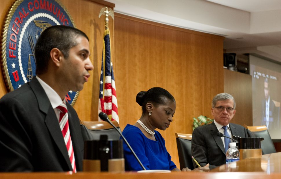 FCC Commissioner Wants to Undo Latest Net Neutrality Laws by Slashing His Own Budget