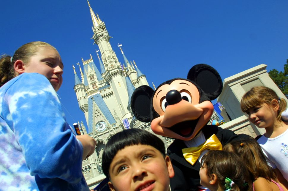 Five Foolproof Strategies for Lazy Parents at Disney World