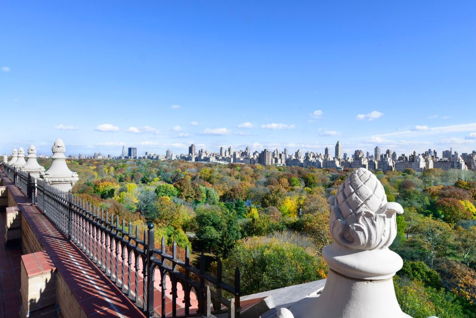 Aging in Place: a View-Laden Penthouse at 91 Central Park West Evokes a Colorful Past