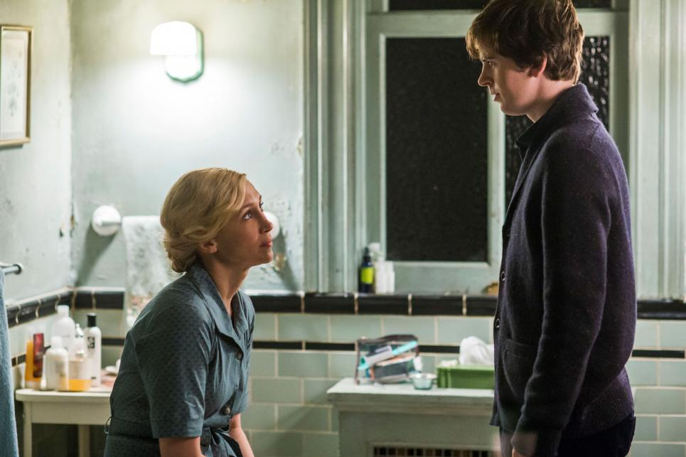 'Bates Motel' 3×3 Recap: First Days Are the Worst Days