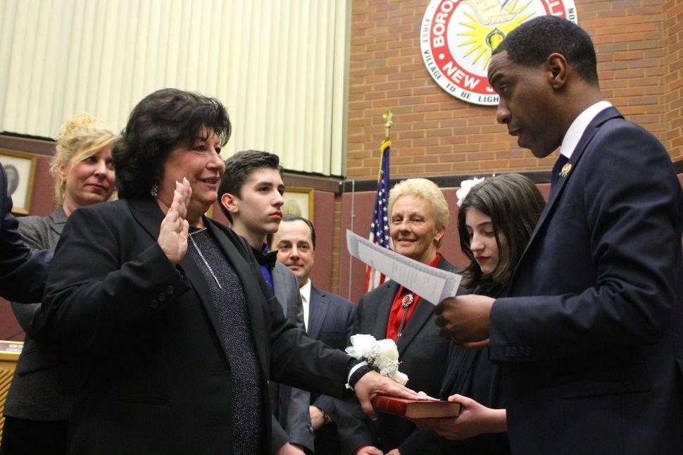 Dansereau sworn in as first woman mayor of Roselle