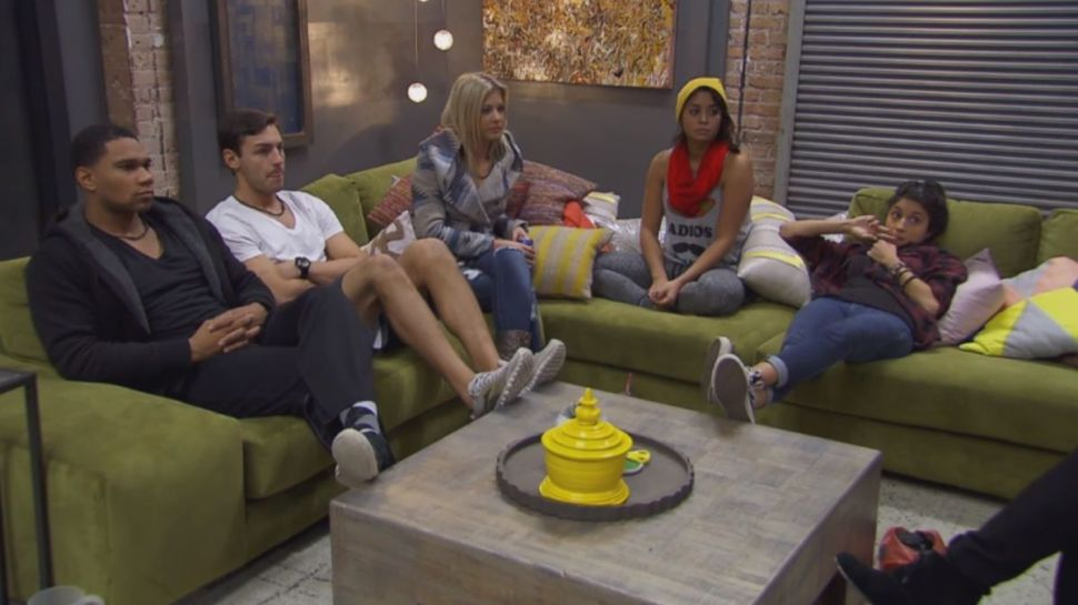 'Real World Skeletons' Season Finale Recap: Group Therapy