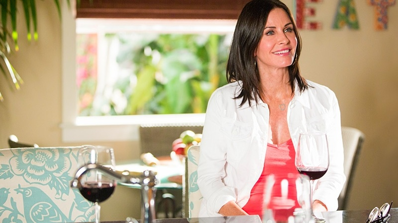 'Cougar Town' E.P. Discusses the Finale, His 'No Asshole Policy,' and Free Wine