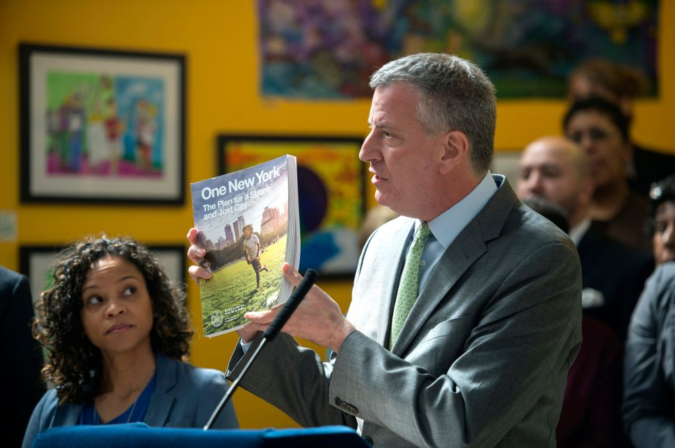 Bill de Blasio Calls for the End of Garbage by 2030