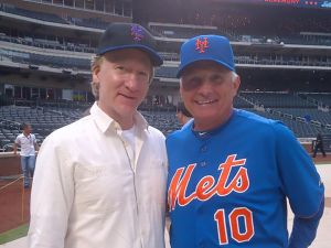 Mets' part-owner Bill Maher with manager Terry Collins (Getty Images).