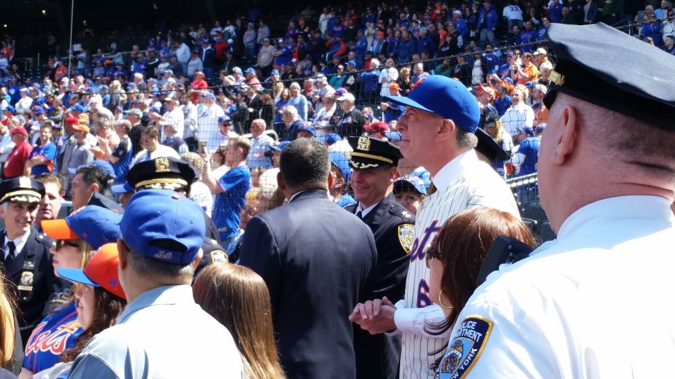 Bill de Blasio Booed Again at a New York Mets Opening Day