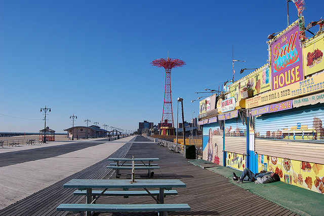 On the Market: The Story Behind 'Diller's Island'; Boardwalk Runs Over Budget