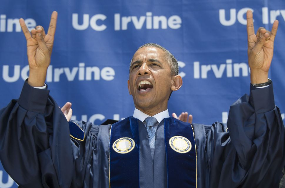 High-End Speakers: Colleges Compete for Big Names to Entertain Grads