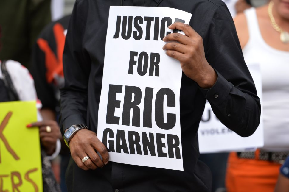 Afternoon Bulletin: NYPD Sergeant Faces Charges Over Eric Garner Arrest