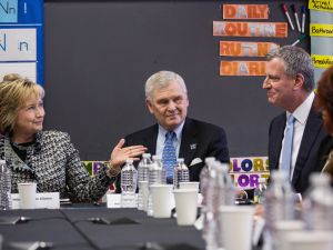 Hillary Clinton and Mayor Bill de Blasio.