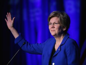 Sen. Elizabeth Warren (D-MA) . (Photo by Chip Somodevilla/Getty Images)