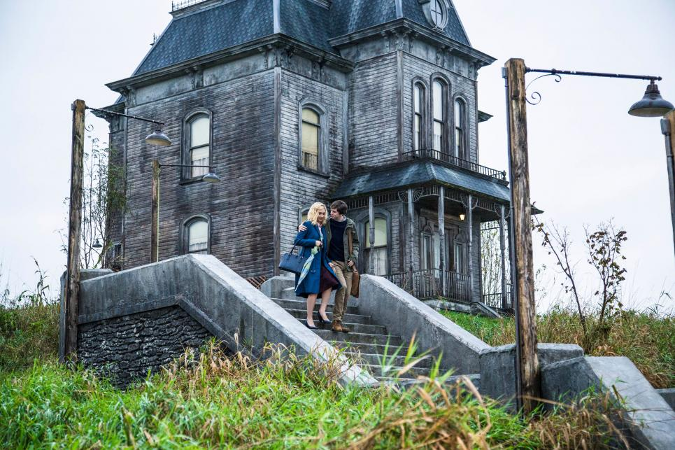 Checking in With 'Bates Motel' Executive-Producer Carlton Cuse